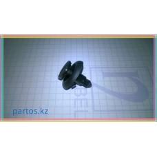 Clip grille under the windshield (Type 3), Rav-4 2000-2005